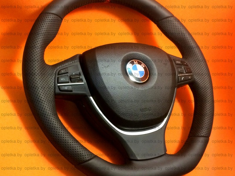 BMW_F10_M-Performance_Steering-wheel_Nappa+Strip_red_flat_bottom-7 (2)